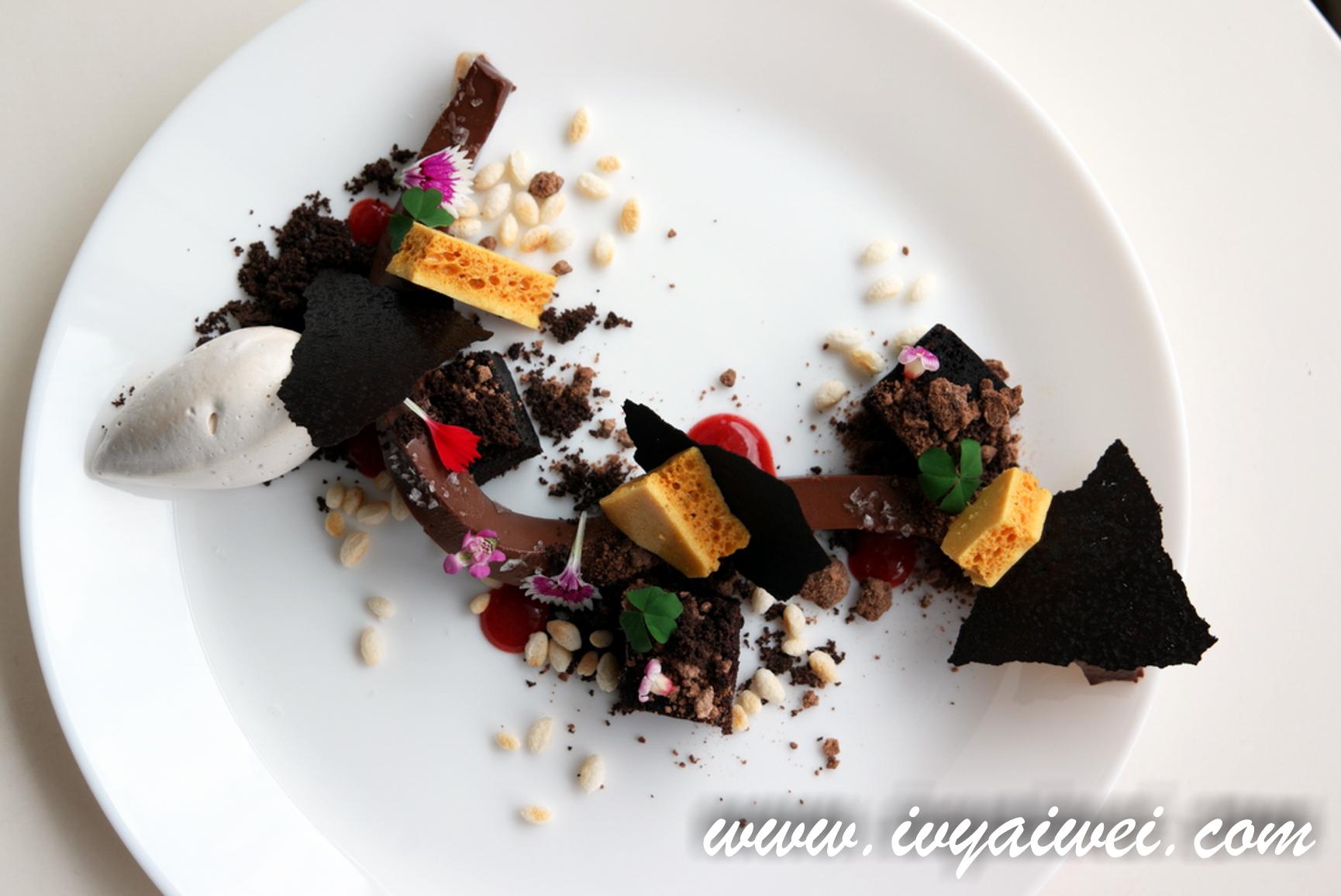 Upperhouse Kitchen & Dessert Bar @ Bangsar